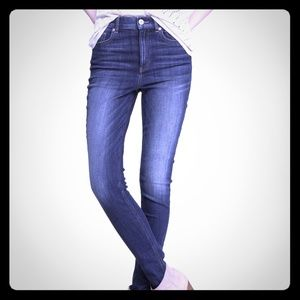 Express High-Rise Skinny Jeans/Leggings Size 8